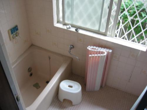 すべすべ手触り!人大浴槽でワンランク上の浴室へ