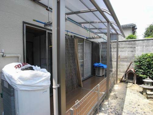 テラス屋根付きデッキの新設