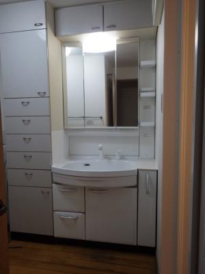 洗面化粧台の取替え タカラ オンディーヌ