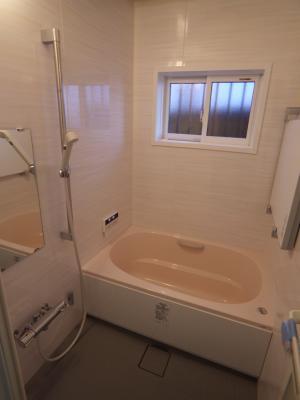 東淀川区で浴室リフォーム 限界まで広くできました!