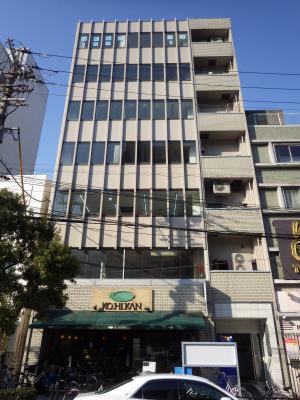 7階建てビルの外壁塗装工事