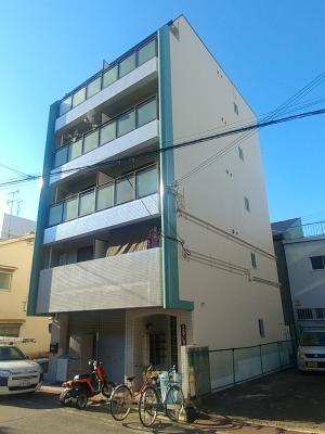 大阪市で5階建てマンションの塗装工事