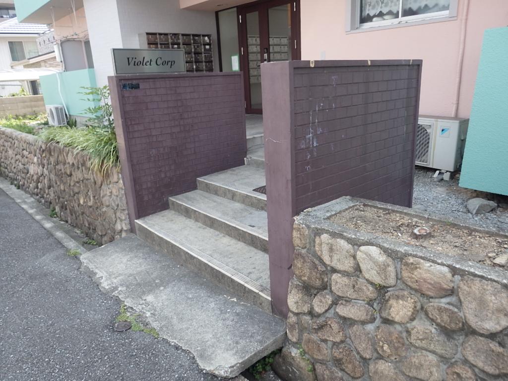 宝塚市のマンションで玄関まわりのリニューアル